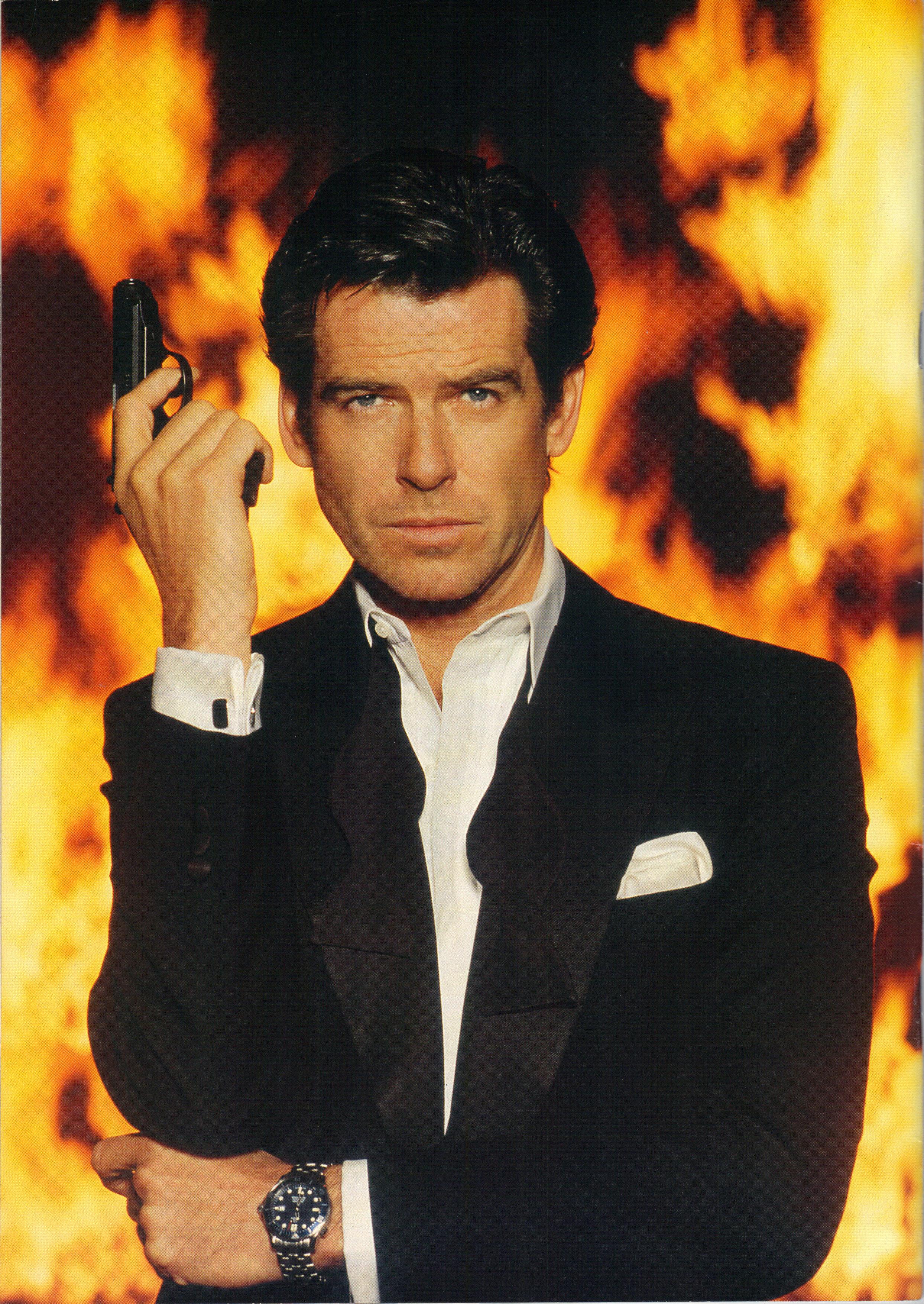 007 magazine from the james bond 007 fan club