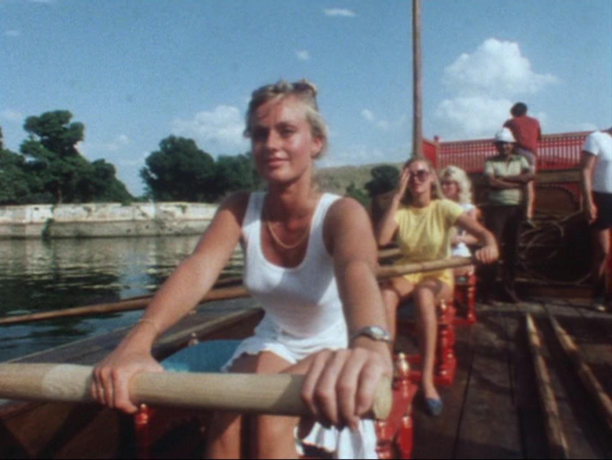 Mary Stavin Nude Photos 74