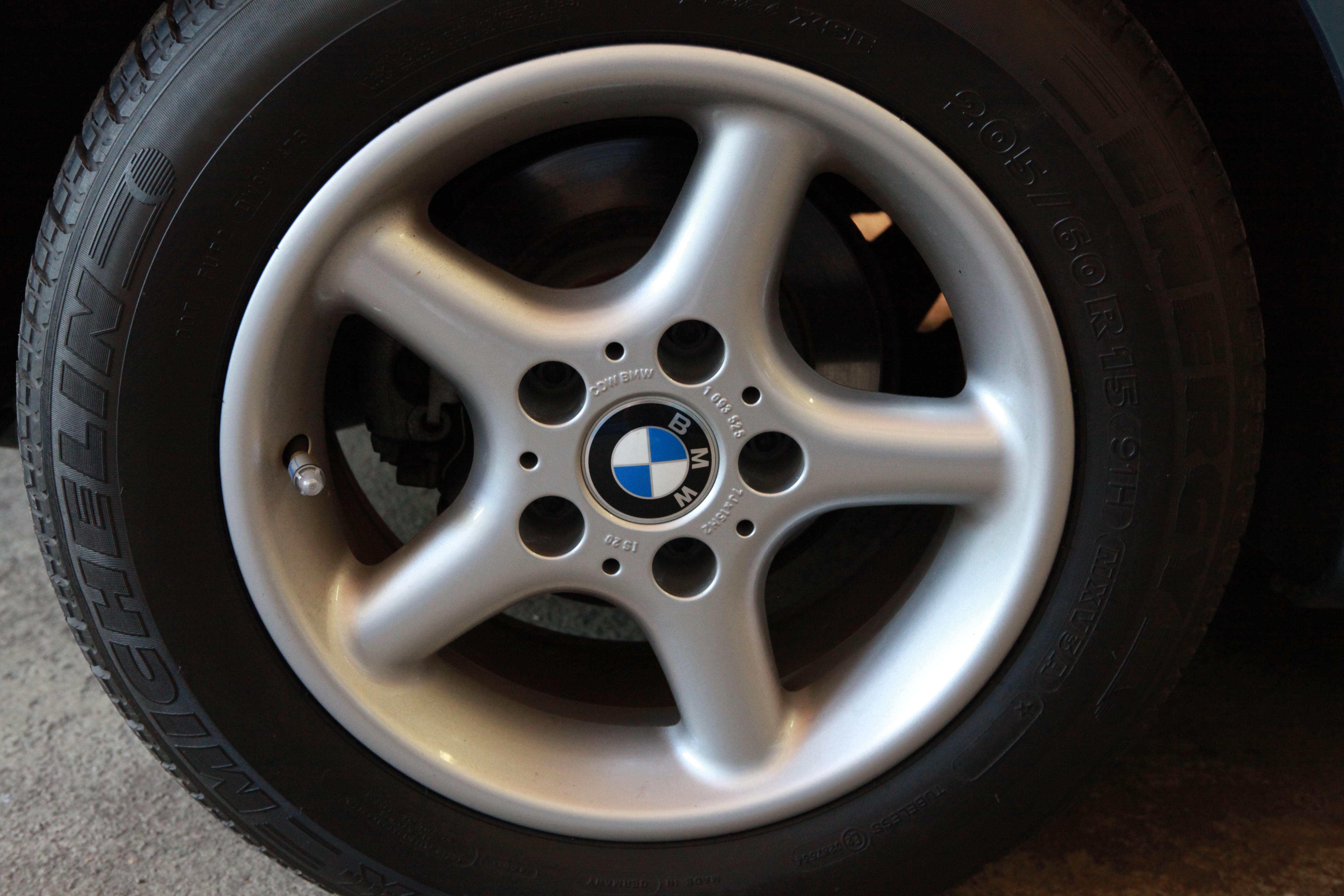 Bmw Round Spoke Bmw Z3 Wheel Round Spoke Style 18 Original Bmw
