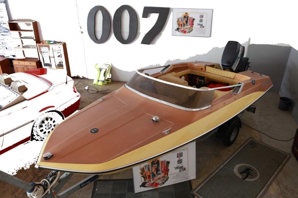 Glastron GT 150 James Bond boat Nybro Sweden 007 museum