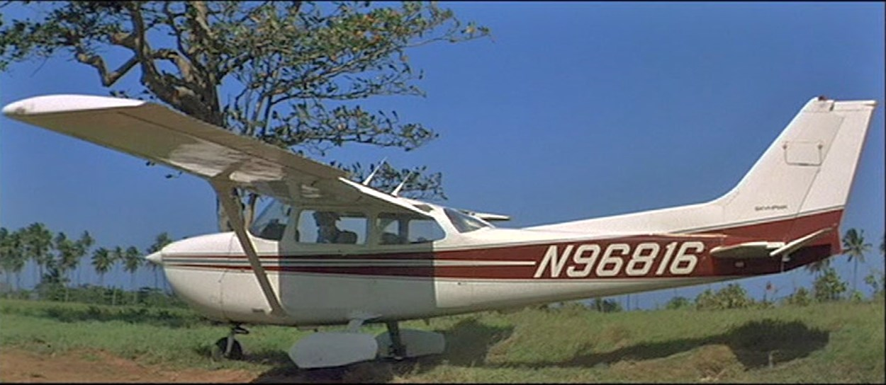 CESSNA 172 JAMES BOND GOLDENEYE 1995