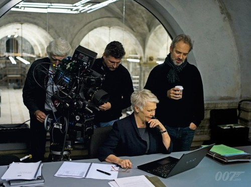 Judi Dench M in Skyfall with Sony VAIO laptop
