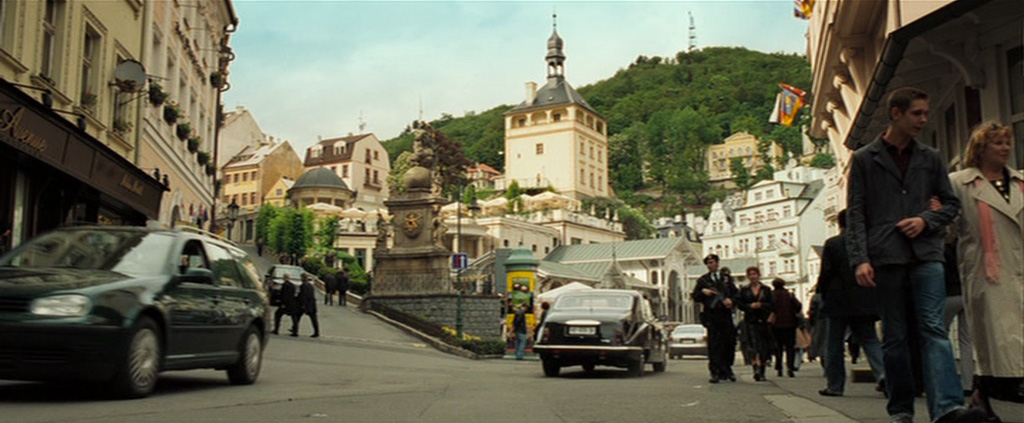 Hotel in bond movie