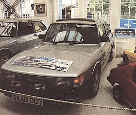 007 S Saab 900 Turbo Which Featured In John Gardner Debut 1981 Bond Novel Licence Renewed And Talks To The Author About His Choice